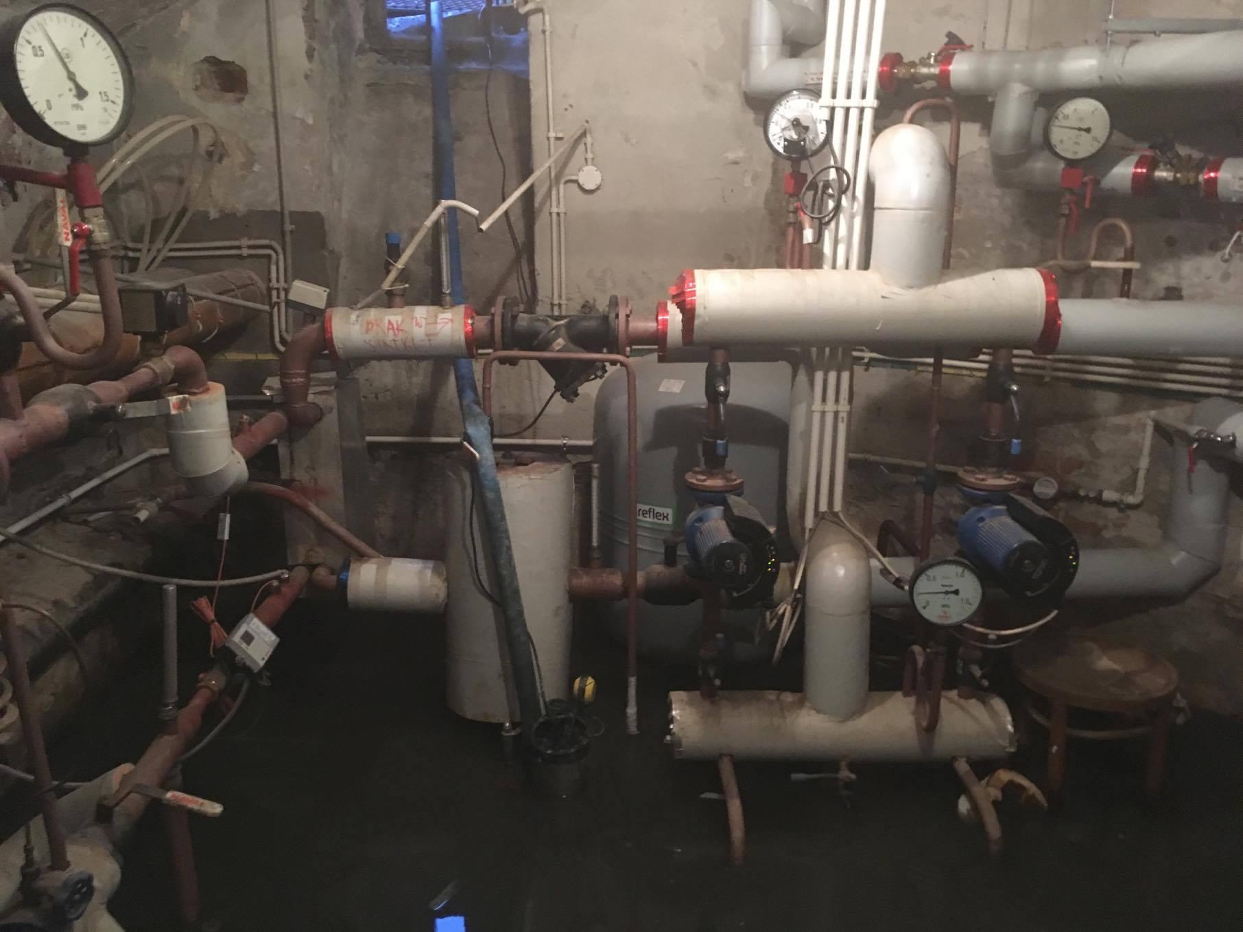 Usuwanie awarii instalacji wodno kanalizacyjnej